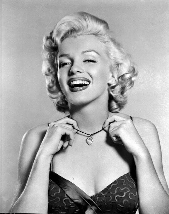 Marilyn Monroe galt in den 1950ern als schönste Frau Hollywoods und wurde zum Sexidol.