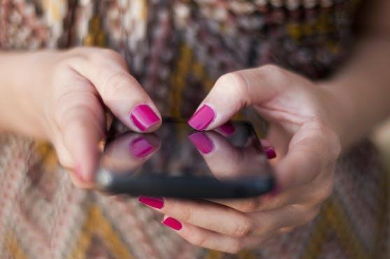 Daten zeigen: Österreicher haben 10,4 Millionen Mobiltelefone zu Hause, die verstauben.