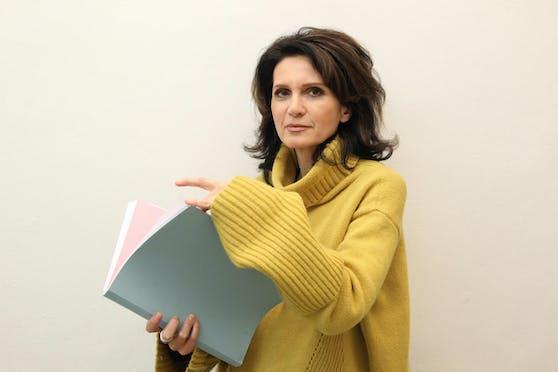Astrid Wagner fordert eine bessere psychiatrische Betreuung der Angeklagten, um künftig Selbstmorde zu verhindern.