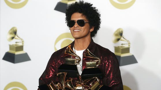 Grammy-Gewinner Bruno Mars will unbedingt bei der diesjährigen Preisverleihung mit seiner neuen Band auftreten.