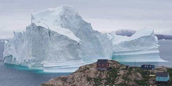 Eine neue Studie behauptet: Auch ein Klimawandel-Stop könnte den Eisverlust in Grönland nicht verhindern.