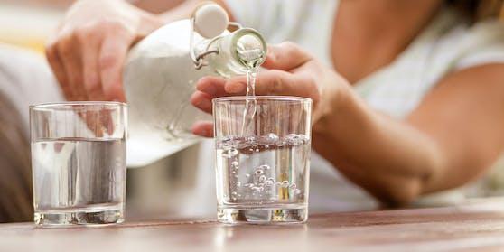 Kunde verärgert: Das Wasser zum Menü gab es nicht gratis.