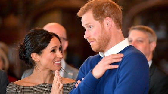 """Anfang 2021 wollen Herzogin Meghan und Prinz Harry mit der Königsfamilie über eine Fortsetzung des """"Megxit""""-Deals verhandeln."""