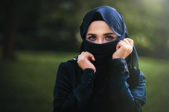 Laut dem österreichische Islamwissenschaftler Mouhanad Khorchide ist ein stärkerer innerislamischer Diskurs über das Thema Kopftuch notwendig. (Archivbild)