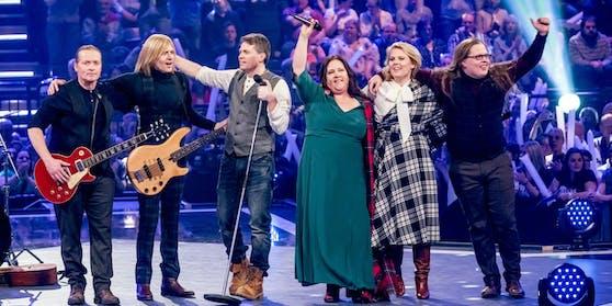 The Kelly Family noch glücklich vereint: Angelo Kelly (ganz rechts) hat inzwischen die Band verlassen.