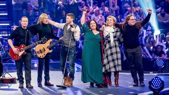 Die Kelly Family kündigt neue Musik (ohne Angelo, rechts) und eine neue Band-Doku an