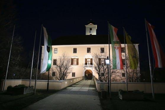 Ärger über Werbekosten im Vösendorfer Rathaus