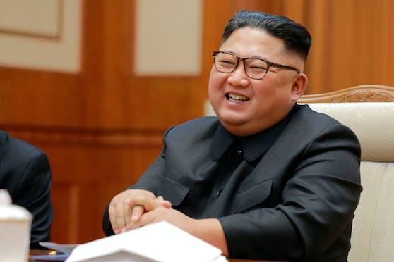 """""""Dank unserer zuverlässigen und wirksamen nuklearen Abschreckung zur Selbstverteidigung wird es ein Wort wie Krieg in diesem Land nicht mehr geben"""", so der nordkoreanische Machthaber Kim Jong-un."""