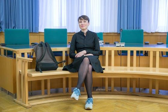 Archivbild: Die ehemalige grüne Abgeordnete Sigrid Maurer am zweiten Prozesstag vor dem Prozess wegen übler Nachrede und Kreditschädigung im Landesgericht für Strafsachen in Wien am 9. Oktober 2018
