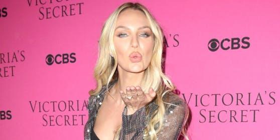 """""""Victoria's Secret""""-Engel Candice Swanepoel geizt nicht mit ihren Reizen."""