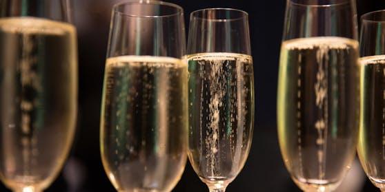... Sekt und Champagner...