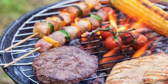 Rotes Fleisch wie Steak, Kotelett und Hack sollte mit Vorsicht verzehrt werden.