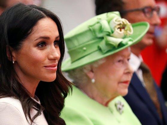 Herzogin Meghan mit der Queen.