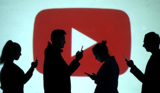 Auf längere Sicht will YouTube Probleme wie Belästigungen und Hassreden gegenüber dunkelhäutigen Nutzern und Creators angehen.