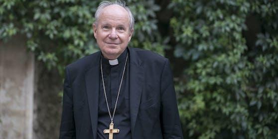Der Kardinal, wie man ihn kennt: gütig lächelnd.