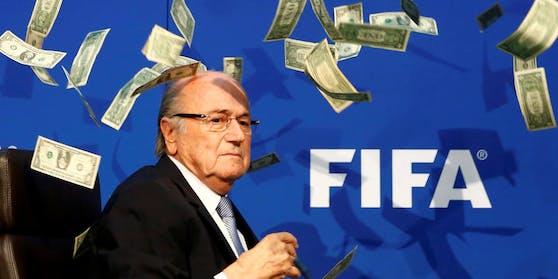Joseph Blatter sieht sich mit schwerwiegenden Anschuldigungen konfrontiert.