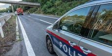 Sekundenschlaf-Unfall: Eltern und drei Kinder verletzt