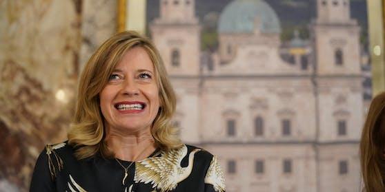 Caroline Peters wird 2020 die Buhlschaft bei den Salzburger Festspielen. Vielleicht sogar länger.  Sie wurde als Caroline Therese Aksinia Peters am 7. September 1971 in Mainz geboren.