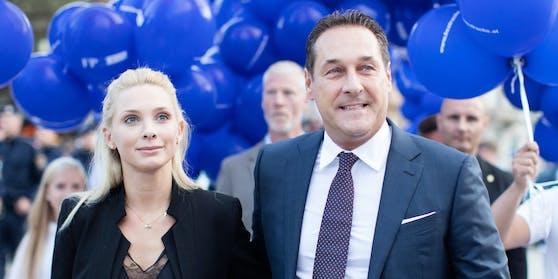 """Philippa und Heinz-Christian Strache sind seit 2016 verheiratet, jetzt die """"Auszeit""""."""