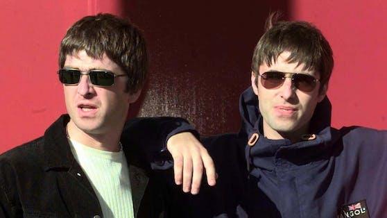 """Mit seinem Bruder Noel (links) gründete Liam Gallagher1991 die Britpop-Band """"Oasis"""". 2009 kam es zum Krach."""