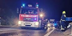 Drei Personen nach Unfall hilflos in Auto verbrannt