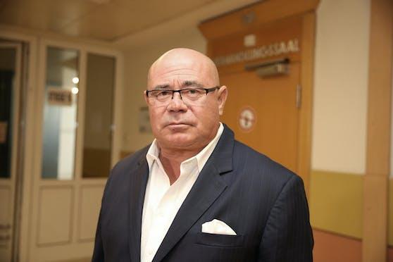 Anwalt Werner Tomanek erreichte ein mildes Urteil.