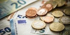 Arbeitslose (54) wusch Geld über ihr Raika-Konto