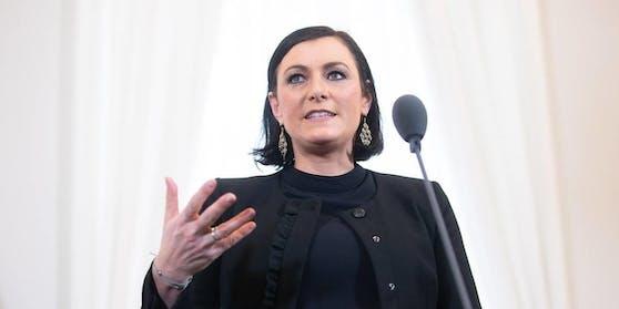 Erstmals werde der Bioanteil zweistellig – in der Höhe von zehn Prozent – ausfallen, teilte Landwirtschaftsministerin Elisabeth Köstinger (ÖVP) am Samstag mit.