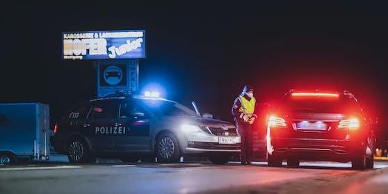 Beamte der Landesverkehrsabteilung erwischten den Tempo-Bolzer in Liesing.