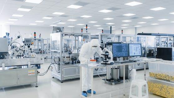 Forschungen im Labor