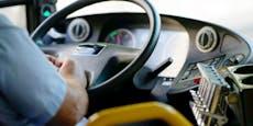 Rauferei zwischen Busfahrer und Teenies