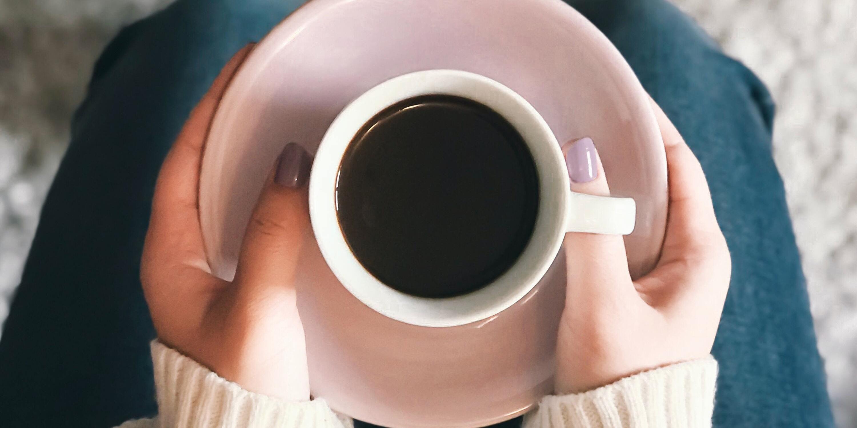 Kaffeetrinkende Frauen haben weniger Körperfett