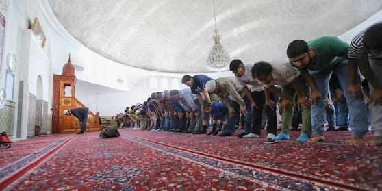 In Zukunft werden auch in Österreichs Moscheen wieder strengere Corona-Regeln gelten.