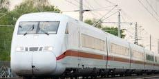 Zugführer richtet sich an Corona-Verschwörungsgläubige