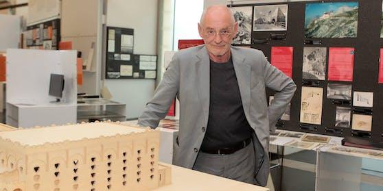 Dietmar Steiner im von ihm begründeten Architekturzentrum Wien.