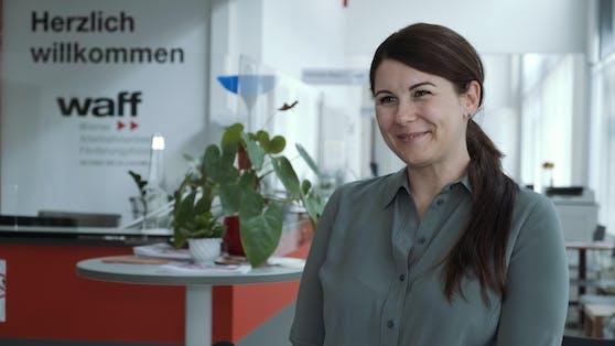 Kellnerin Katalin Olajos (40) nutzt das Weiterbildungs-Angebot des waff.