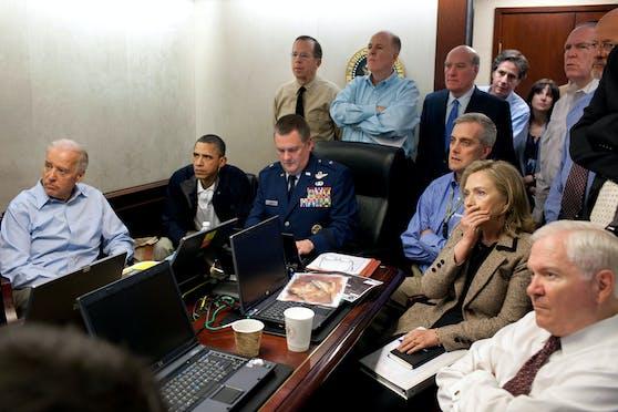 Der Stab rund um US-Präsident Barack Obama (2.v.l.) bei der Live-Übertragung des Todes von Osama bin Laden.