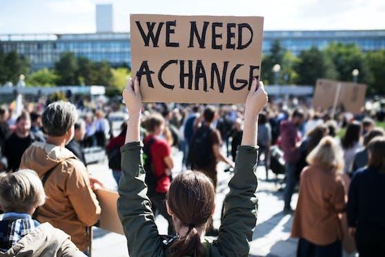 Klima-Aktivisten gehen immer wieder auf die Straße.