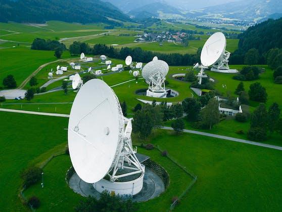 Der Kanal wird auf Eutelsat 9B auf 9° Ost - der führenden Satellitenposition für Mittel- und Westeuropa - ausgestrahlt.