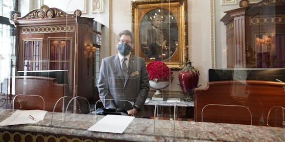 Die Wiener Hotels - im Bild das geschichtsträchtigeHotel Sacher - dürfen ab 19. Mai wieder aufsperren.