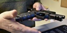 Frau (55) bedroht Bruder (56) mit Waffe