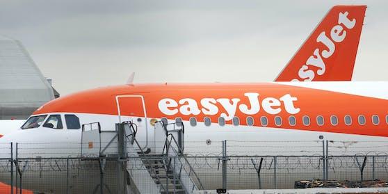 Ein Flugzeug der Billig-Fluglinie Easyjet am Flughafen London-Heathrow. (Symbolbild)