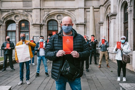 Rote Karte für Kircher - Millionenumbau für Tickets statt Arbeitsplätze für Menschen