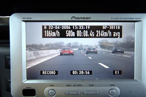Jagd auf Raser: Wer zu schnell unterwegs ist, dem könnte das Auto weggenommen werden.
