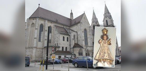 """Diese Statue """"Prager Jesuskind"""" wurde aus dem Dom gestohlen."""