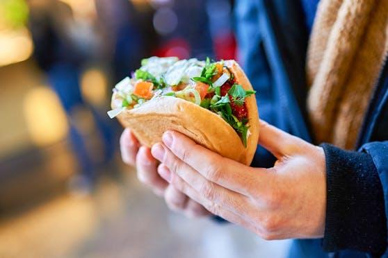 Die Lebensmittelpolizei in Linz macht jetzt eine Kebap-Schwerpunktkontrolle.