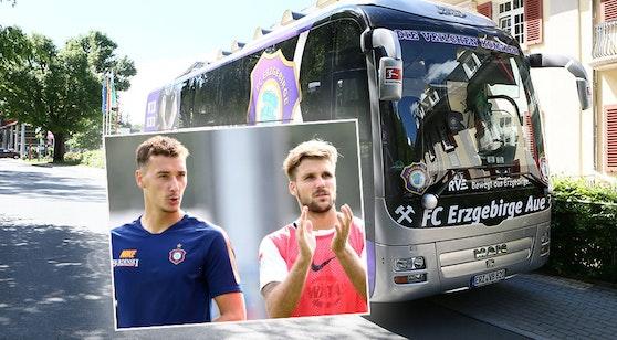 Wydra (l.) und Zulechner vor dem Team-Bus
