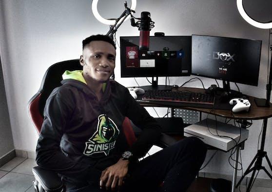 """Daniel """"Dox"""" Osemeudiame hat einen Gaming-Weltrekord gebrochen."""