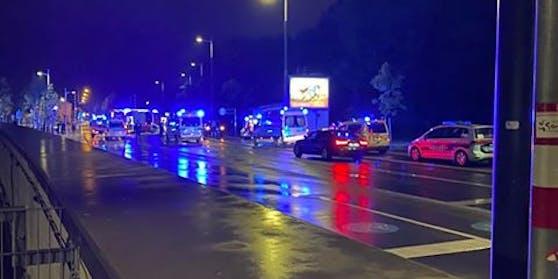 Unfall beim Bahnübergang auf der Favoriten Straße (Wien-Favoriten)