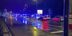 Mann (65) bei Crash in Wien im Auto eingeklemmt